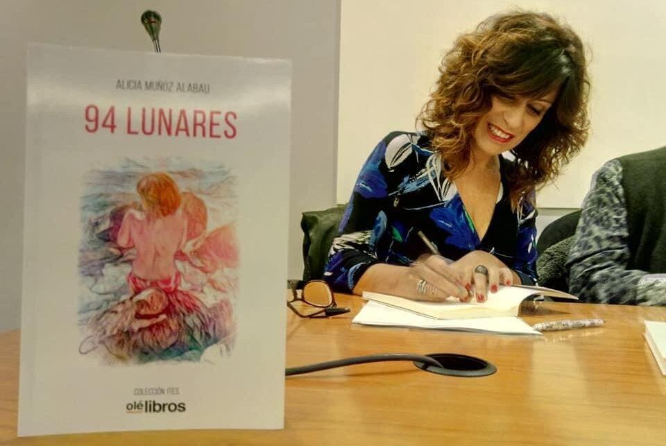 Alicia_Muñoz_94_lunares